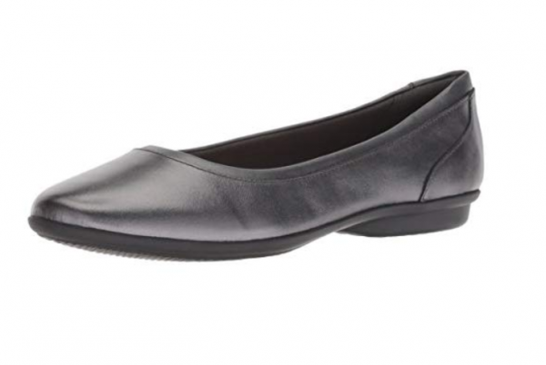CLARKS Women's Gracelin Mara Flat